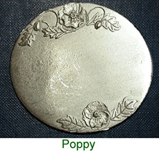 Keepsake box with pewter poppy plaque